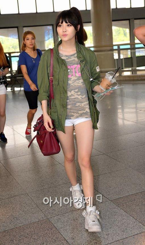 Girl's day Yura Airport Fashion - Official Korean Fashion