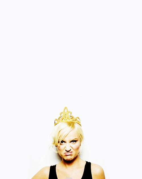 INTERVIEWER: What is the craziest thing you ever did to get a guy to notice you?   AMY POEHLER: I had no idea how to get guys to notice me. I still don't. Who cares?