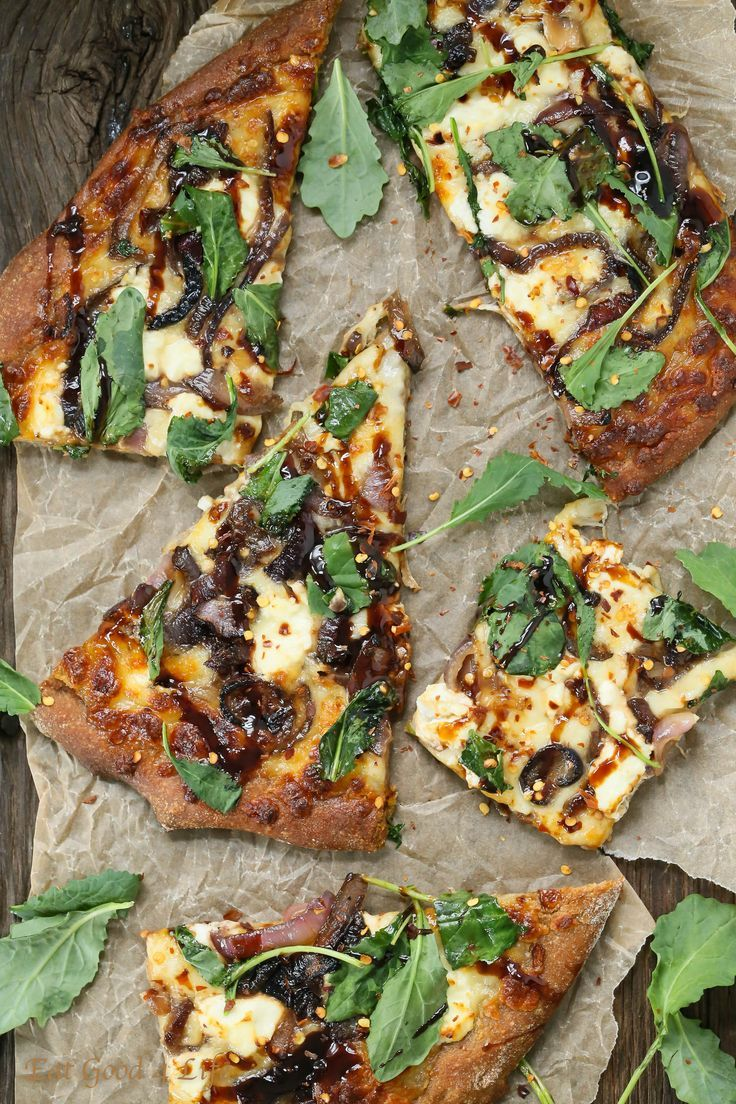 Caramelized Onion Kale Goat Cheese Pizza with Balsamic Drizzle #comfortfood #pizza #kale