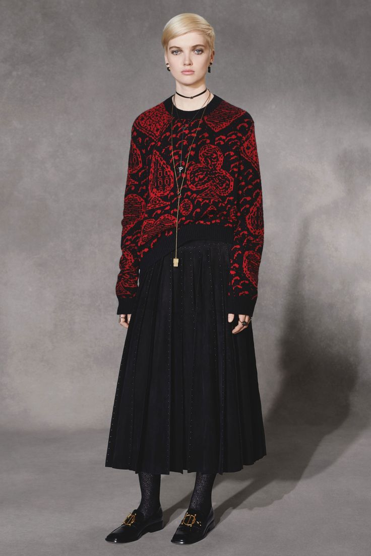Christian Dior Pre-Fall 2018 collection | Scroll Jacquard Sweater