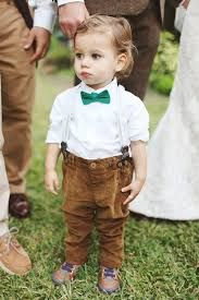 Resultado de imagem para bebês meninos vestidos com gravata borboleta e suspensórios