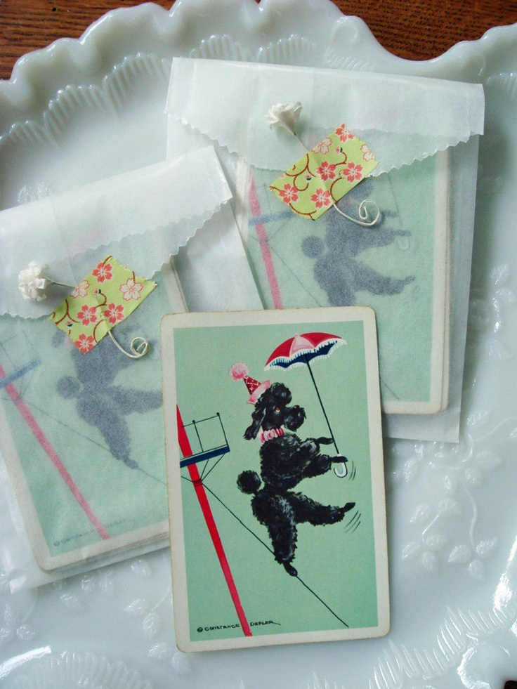 set of 10 vintage French poodle pinochle cards - no 147