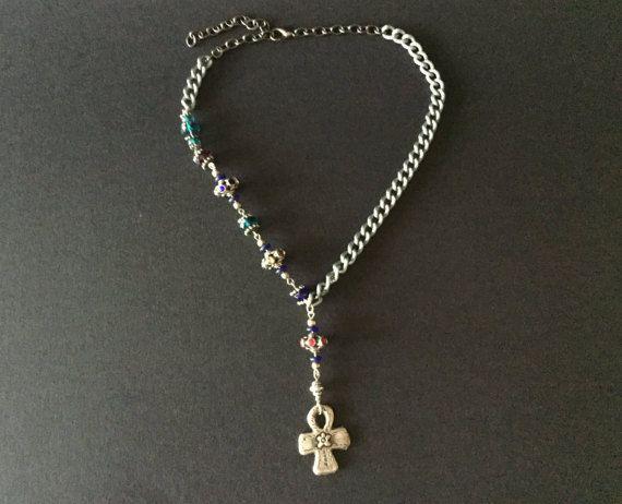 collana girocollo fatta a mano con pendente croce di TRIVIBIJOUX