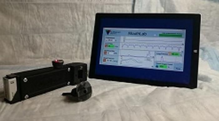 Handheld device for rapid assessment of vital signs - Medical News Today