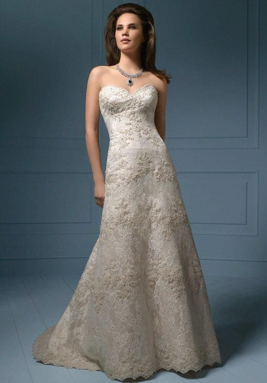 Scalloped Neckline Elegant Bridal Gown with sumptuous lace and exquisite crystalline beading | Sapphire by Alfred Angelo | https://www.theknot.com/fashion/801801c-sapphire-by-alfred-angelo-wedding-dress