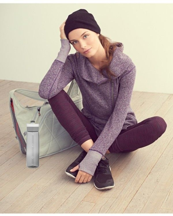 {On the blog} Fall & Winter Must Have: Leggings http://asharavale.blogspot.ca/2014/10/fall-and-winter-must-have-leggings.html#more #style #fall #winter #fitness #workoutclothes #casual #leisure #leggings #Zella #Nordstrom