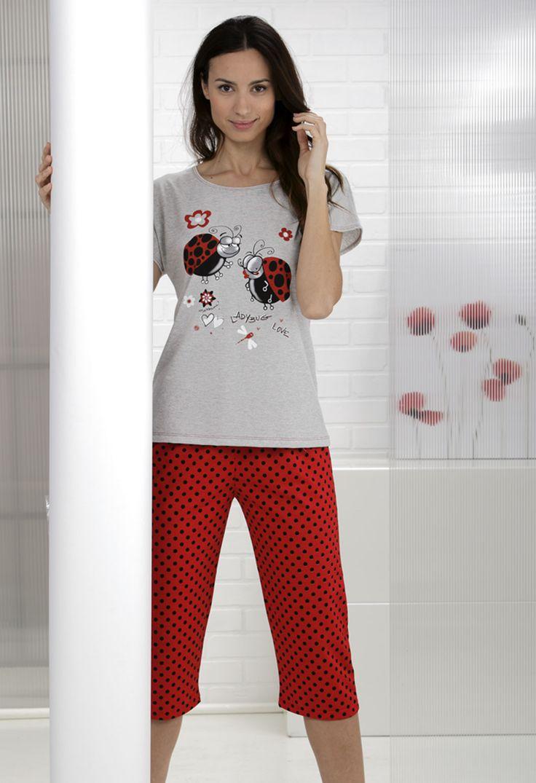 Pijama con pantalón pirata a topos y camiseta lisa con estampado 'ladybug' #Pijama #Massana #Ladybug #MassanaHomewear
