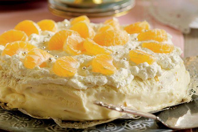 Opskrift på Appelsinlagkage med makroner fra - Hendes Verden