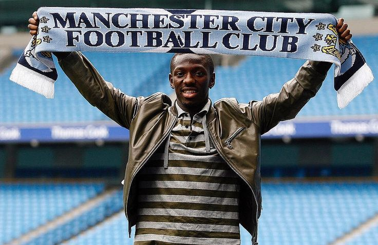 Once a ... City re-signed Shaun Wright-Phillips from Chelsea #onthisday in 2008 #mancity #manchestercity #mcfc
