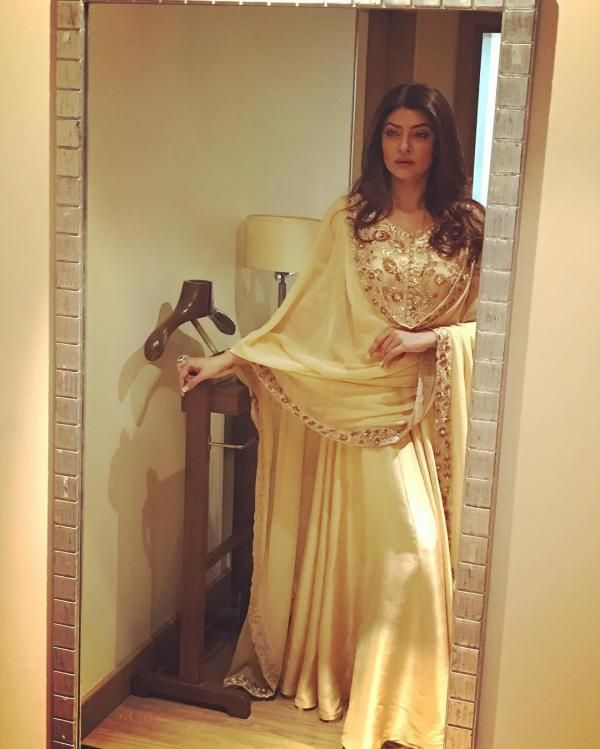 Birthday Special: Sushmita Sen's Instagram OOTD's are on point and here is the proof! | PINKVILLA