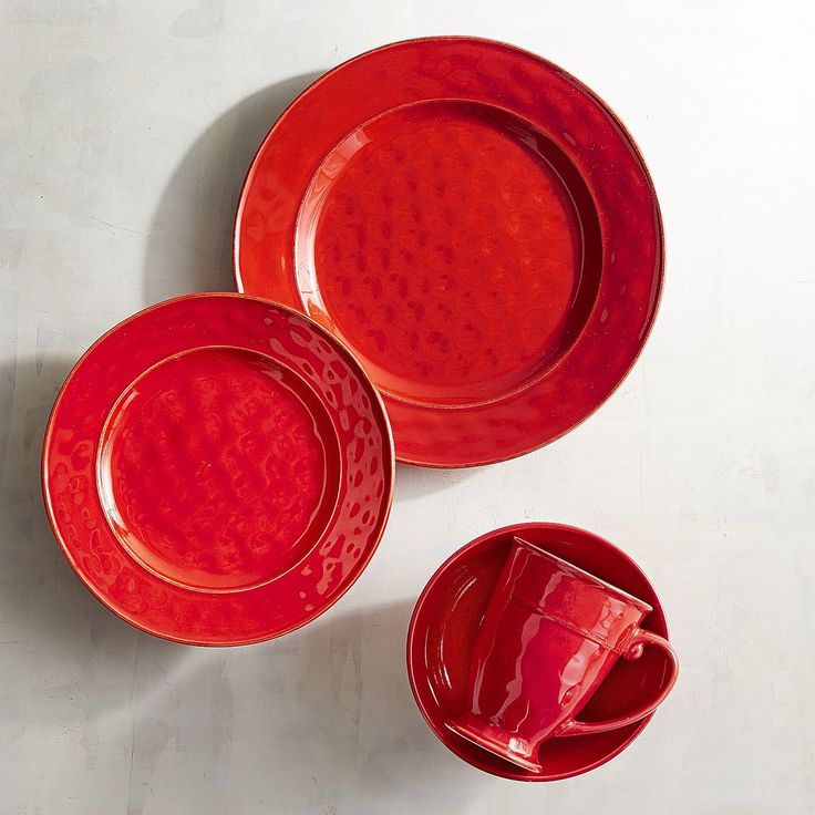 Our glazed stoneware pieces have been carefully handcrafted so they have the irregular surfaces, rubbed edges and rustic look you'd expect from farmhouse pottery. But somehow, they're still refined. Classic silhouettes and rich color make them an easy choice for special occasions; the fact that they're dishwasher-safe and microwaveable makes them a natural for everyday use.