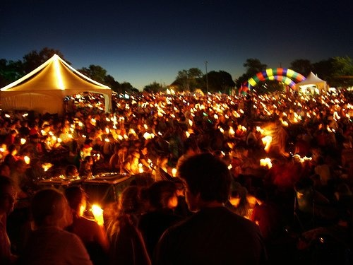 carols by candlelight is an australian christmas tradition that originated in southeastern
