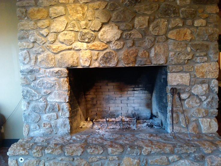 37 best images about chimeneas on pinterest mesas stove - Chimeneas de piedra ...