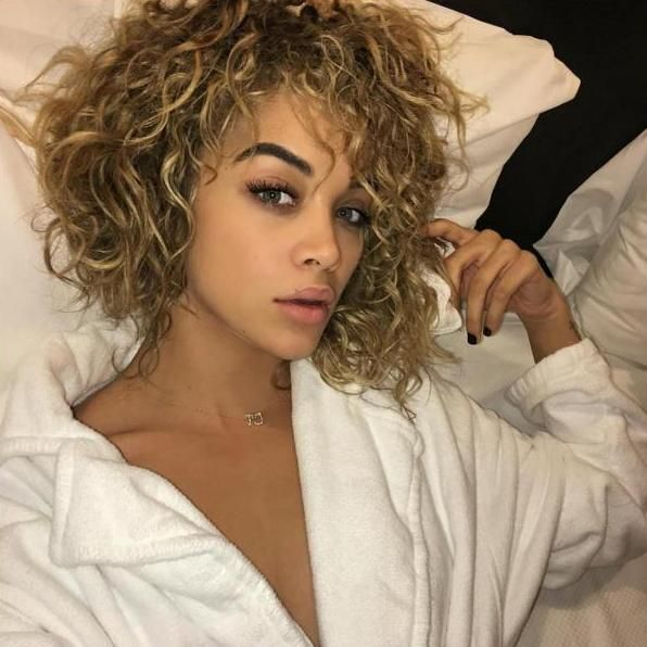 Model, Jasmine Sanders: Why the 'Golden Barbie' is Becoming the Face of a New Generation Photo Courtesy of Jasmine Sanders / @golden_barbie
