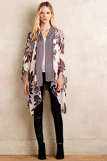 Windstrewn Kimono  What a fantastic transition to spring outfit!