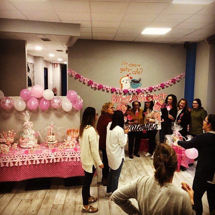 Hoy estamos de babyshower!!! Quieres sorprender a alguna amiga embarazada??? Disfruta de una tarde en compañía de tus amigas en Moovett!!! #moovett #orense #ourense #ourensemola #babyshower