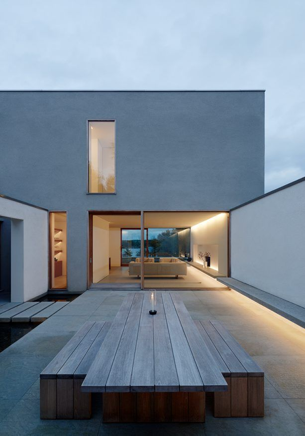 Villa palmgren in sweden by john pawson architecture for Housse exterieur table