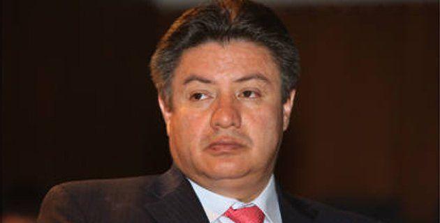 Héctor Zambrano Rodríguez habría controlado la adjudicación de la licitación pública que finalizó con la celebración de un contrato, con el cual pretendía obtener un provecho propio y favorecer a terceros.  La Procuraduría General de la Nación citó a audiencia pública a Héctor Zambrano Rodríguez, en su calidad de secretario de salud del Distrito de Bogotá,