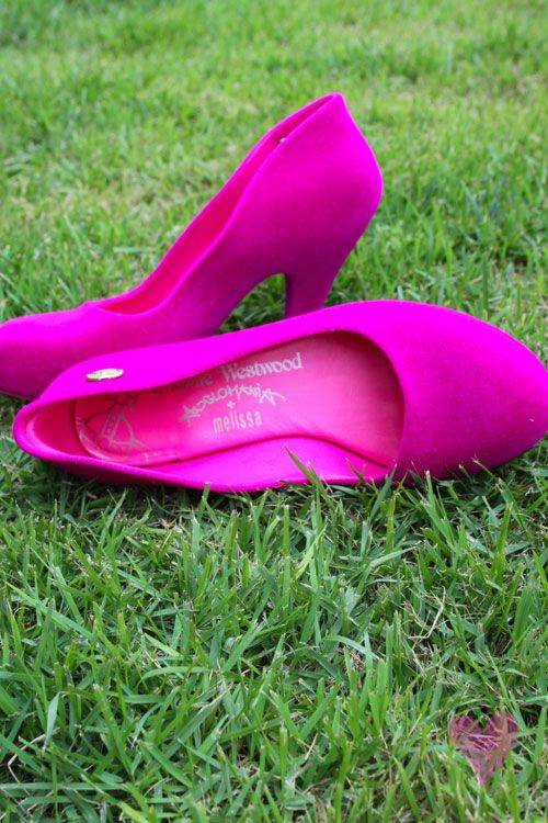 OMFG! Viviane Westwood Skycraper for Melissa (jelly shoes) *__* AMAZING! One of which colors s'il vous plait!