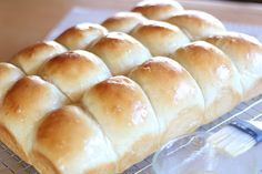 A huge meal like Thanksgiving just won't be the same without these heavenly Homemade Idaho Potato Dinner Rolls on the side.