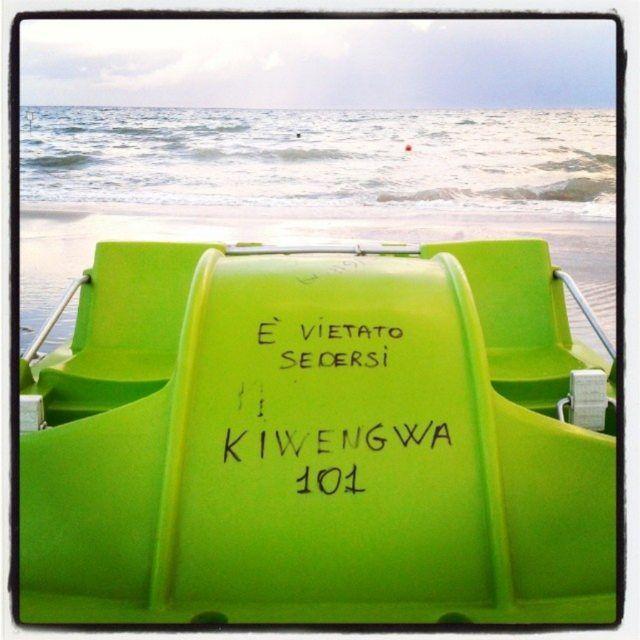 #ricordi d'#estate #pedalo #verde #green in  #spiaggia #mare al #tramonto #sunset #sea #beach #ravenna #pinarella #cervia #riviera #romagna #igersfc #ig_ravenna #ig_forli_cesena #ig_emilia_romagna #ig_emiliaromagna #vivoitalia #vivoemiliaromagna #vivocesena #vivorimini #volgoitalia #volgoemiliaromagna #ig_rimini_ #volgorimini