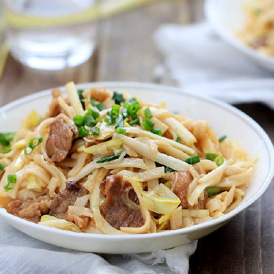 Beef Chow Fun is a famous Chinese Cantonese dish--stir-fried beef with wide rice noodles.
