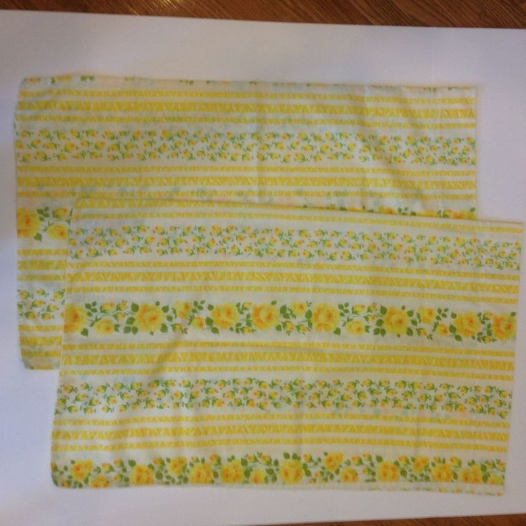 Wabasso Made in Canada Vintage Yellow Roses Rose Bud Striped PillowCase Set