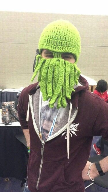 Sean at Pax 2016 wearing a mop on his face xD jk its a mask thingy haha.