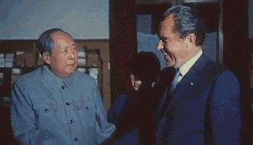 MAO Zedong and Richard Nixon .