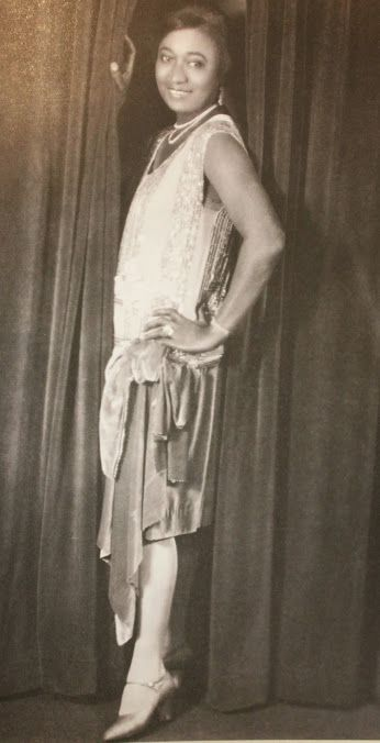 Lovie Austin (Cora Calhoun) of the Blues Serenaders in the 1920's   Source: Paramount Book of the Blues
