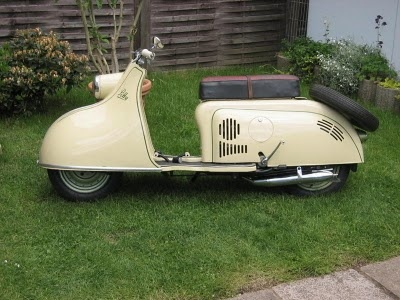 """IWL scooter """"Pitty"""", 125ccm, 5 PS, max. 75 km/h, GDR 1955-1956"""