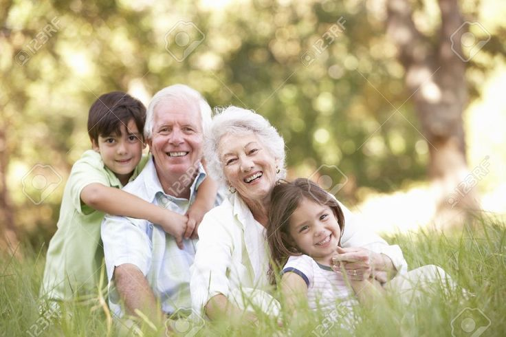 Grandparents With Grandchildren Images, Stock Pictures, Royalty ...