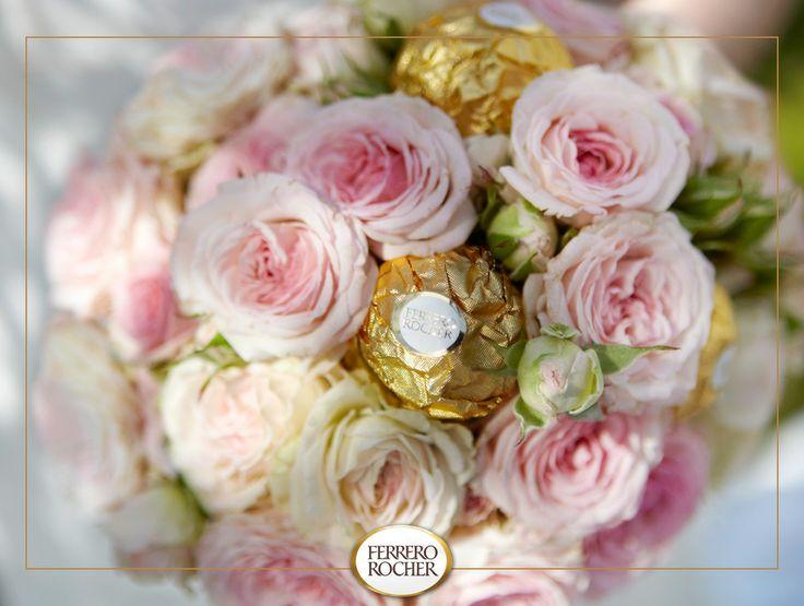 [Thalie] Chaque mariée est unique et son bouquet l'est tout aussi. Pour ce moment inoubliable de votre vie, réalisez une composition florale.