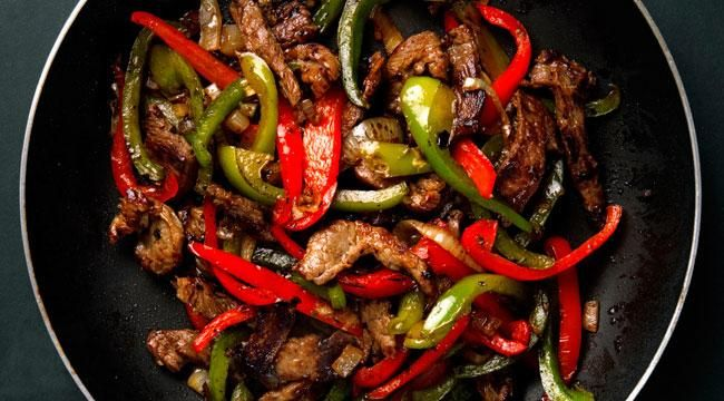 Get a burst of flavor and color with this low-cal Southwestern pepper steak recipe