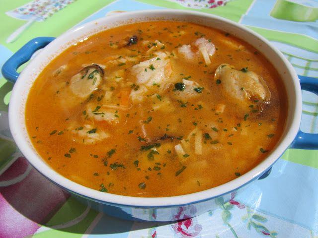 Una sencilla sopa de pescado , muy ligerita y sana, no os dará pereza hacerla!   Con Thermomix .