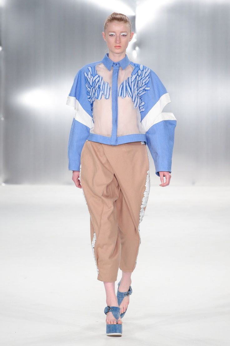 De Montfort University Spring/Summer 2015 Ready-To-Wear Collection