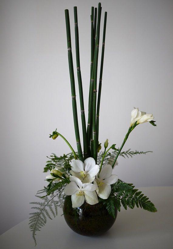 41 best ikebana images on pinterest flower arrangements for Lisianthus art floral