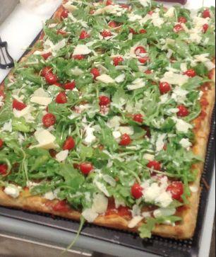 Para Abrir un negocio de Pizza al Taglio con éxito hay que conocer algunos requisitos muy importantes para que el negocio funcione.