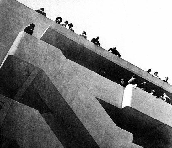 The daringly modern apartment block, founded by Jack and Molly Pritchard and designed by Wells Coates, was the epicentre of North London's avant-garde ...
