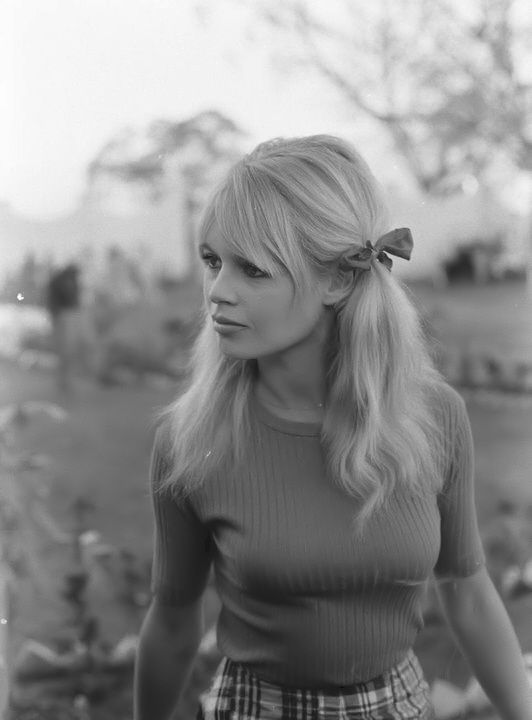 Brigitte bardot in Mexico on the set of Viva Maria, 1965
