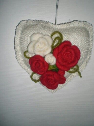 Rose di lana cardata