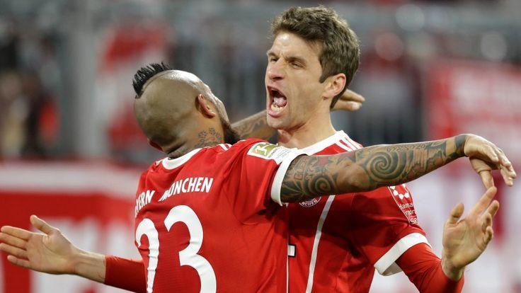 Fußball-Bundesliga: Bayern siegt nach 0:2-Rückstand, Petersens Traumtor trifft den BVB - SPIEGEL ONLINE - Sport