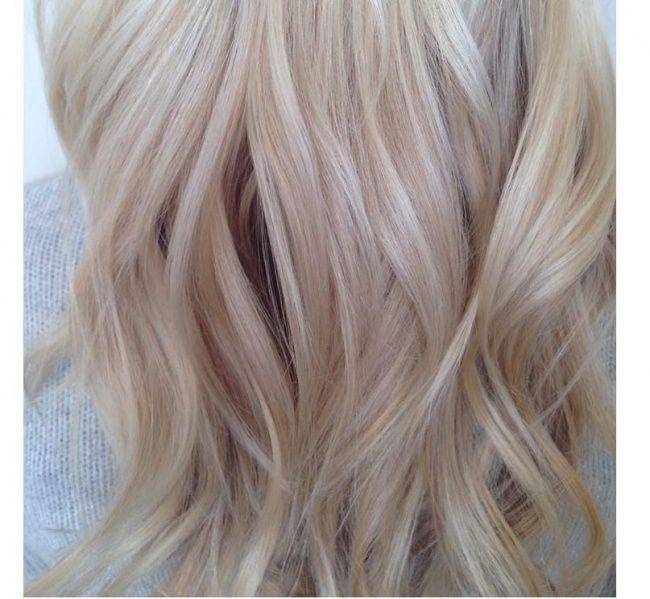 Light Blonde Hair With Lowlights Summer