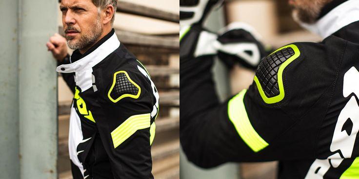 O casaco SPIDI Warrior Tex é uma versão em tecido do casaco desportivo da SPIDI mais avançado.  #Spidi #Casaco #Jaket #WarriorTex #Warrior #Motorcycle #Motociclismo