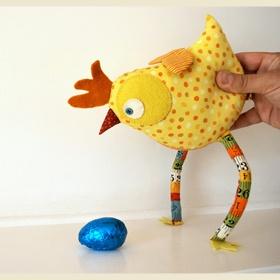 chicken: Country Chicken, Fabrics Chicken, Crafts Ideas, Felt Crafts, Diy Crafts, Chicken Dance, Knuffel Naaien, Chicken Stuff, Chicken Sewing