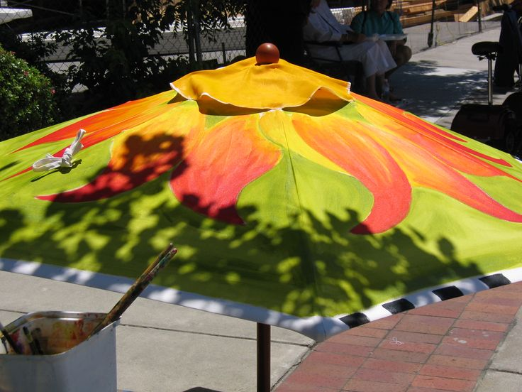 17 best images about patio umbrella painted on pinterest for Best paint for yard art