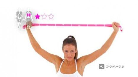 Vidéo d'exercice avec votre Elastiband Domyos, Travaillez vos trapèzes et vos muscles dorsaux.