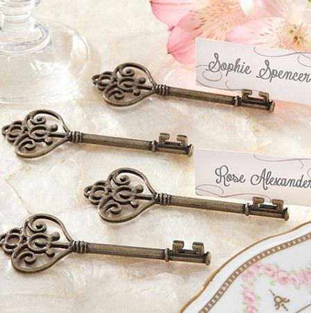 Key To My Heart Victorian Place Card Holder | Wedding Favor Discount