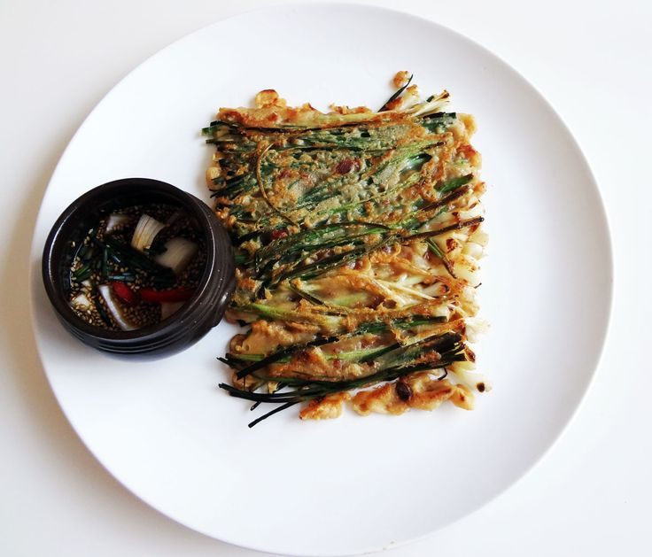 Pajeon (Green onion pancake) recipe - dangerously easy and delicious, even without sauce! I can still smell it *drools*