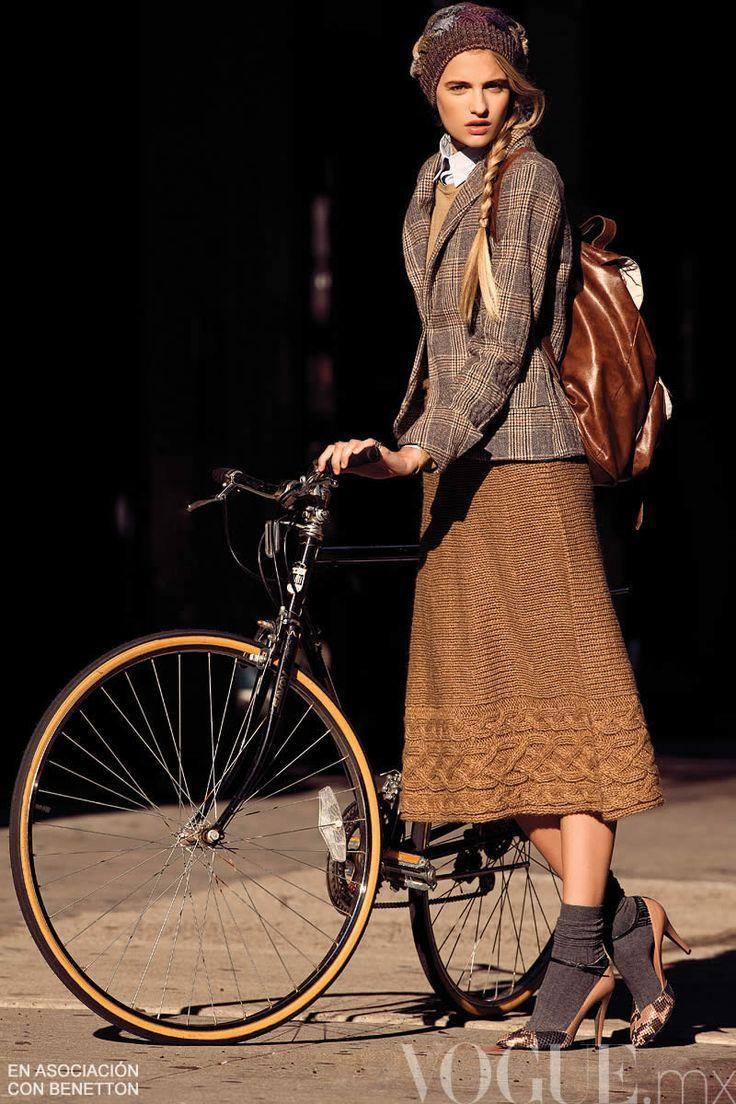 Vintage Benetton Cycle Style(via Pinterest)